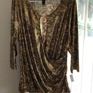 Gold evening top. Shines polyester/spandex